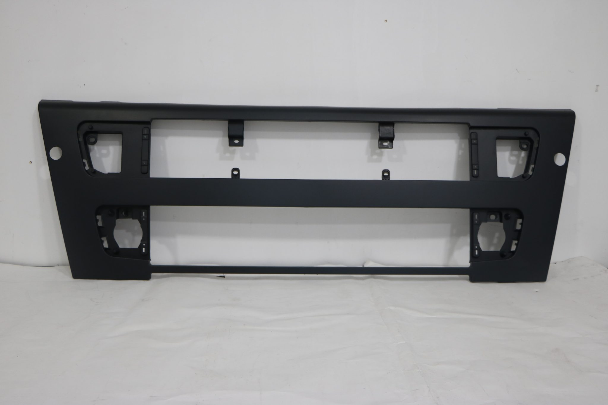 lower grill to suit volvo fh12 fh16 fm version 2. Black Bedroom Furniture Sets. Home Design Ideas