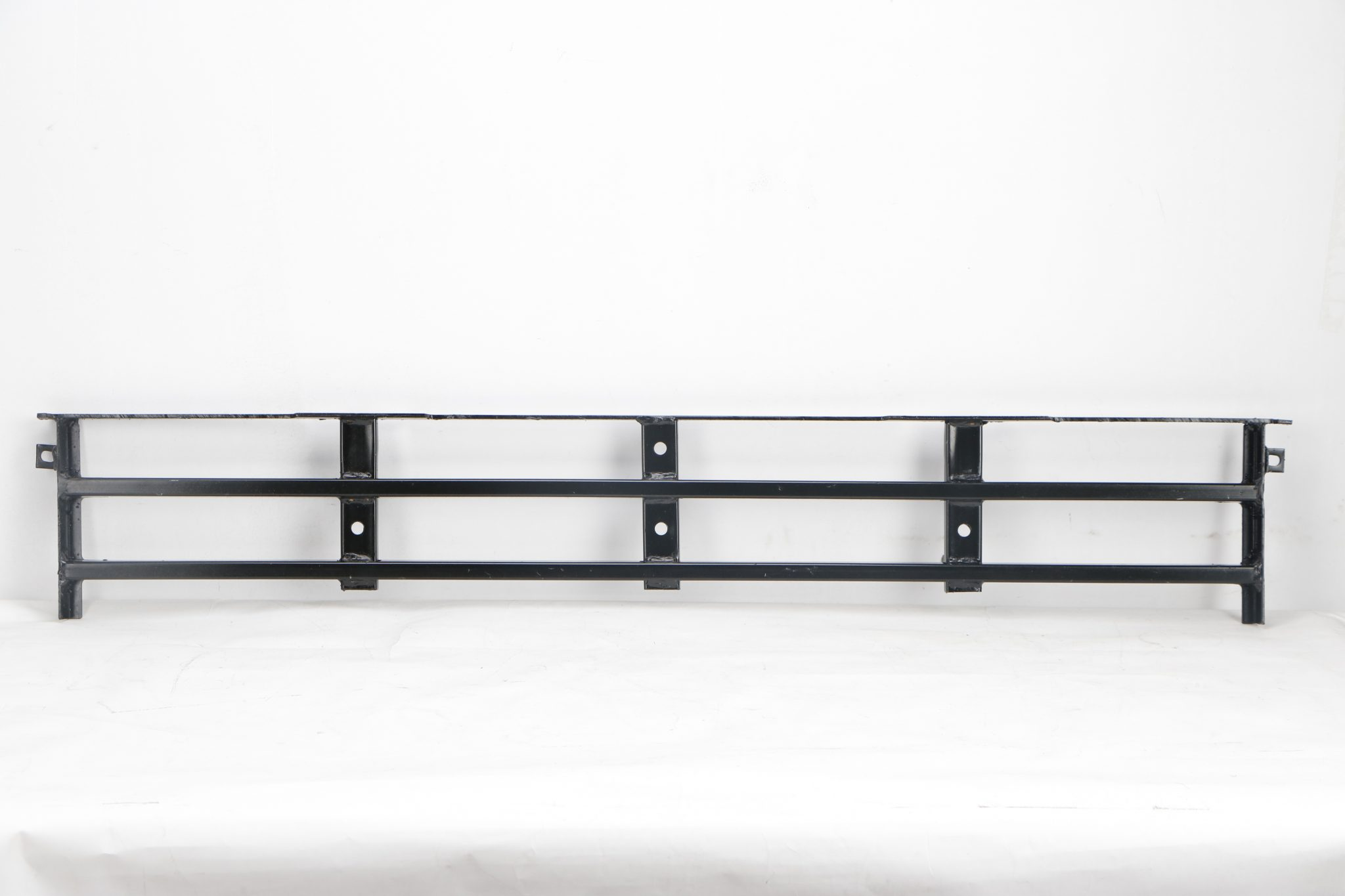 lower grill steel inner to suit volvo fh12 fh16 fm12. Black Bedroom Furniture Sets. Home Design Ideas